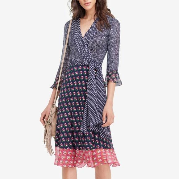 0e904f54cd2f Diane von Furstenberg Dresses & Skirts - DVF Nieves Silk And Chiffon Combo  Wrap Dress SZ